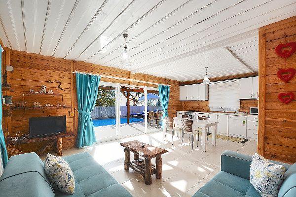 Villa Bambu, FPhoto 2